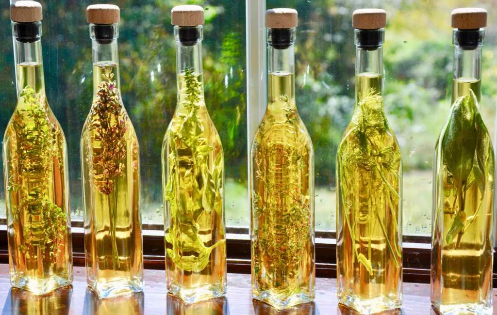Aging Herbal Vinegar